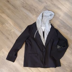 Gorgeous black Liverpool Blazer with zip out NWT